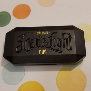 Kat Von D shade and light contour quad